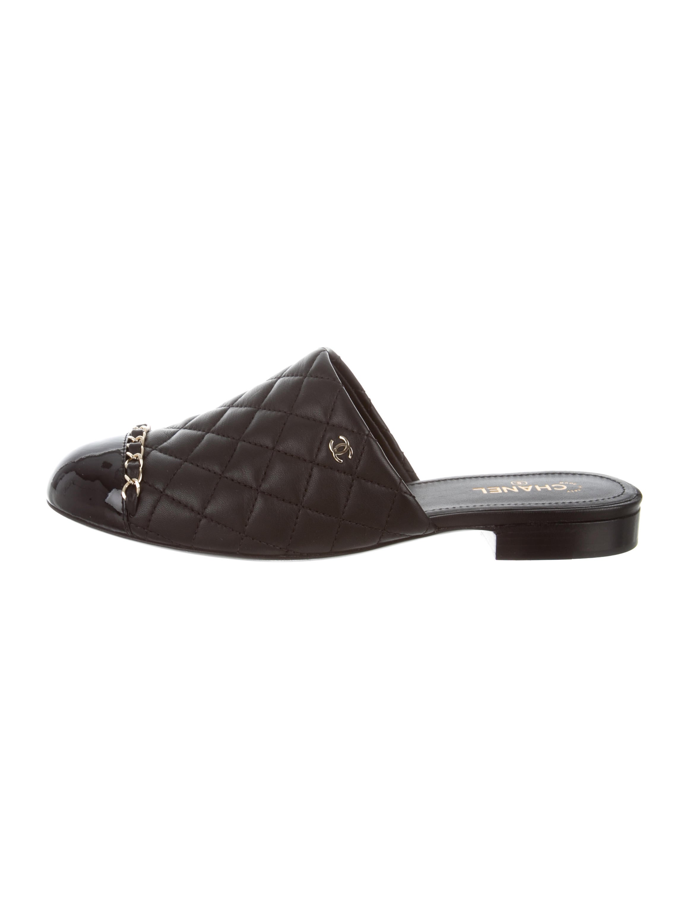 bac63417d23e Chanel 2017 Quilted Cap-Toe Mules - Shoes - CHA286918