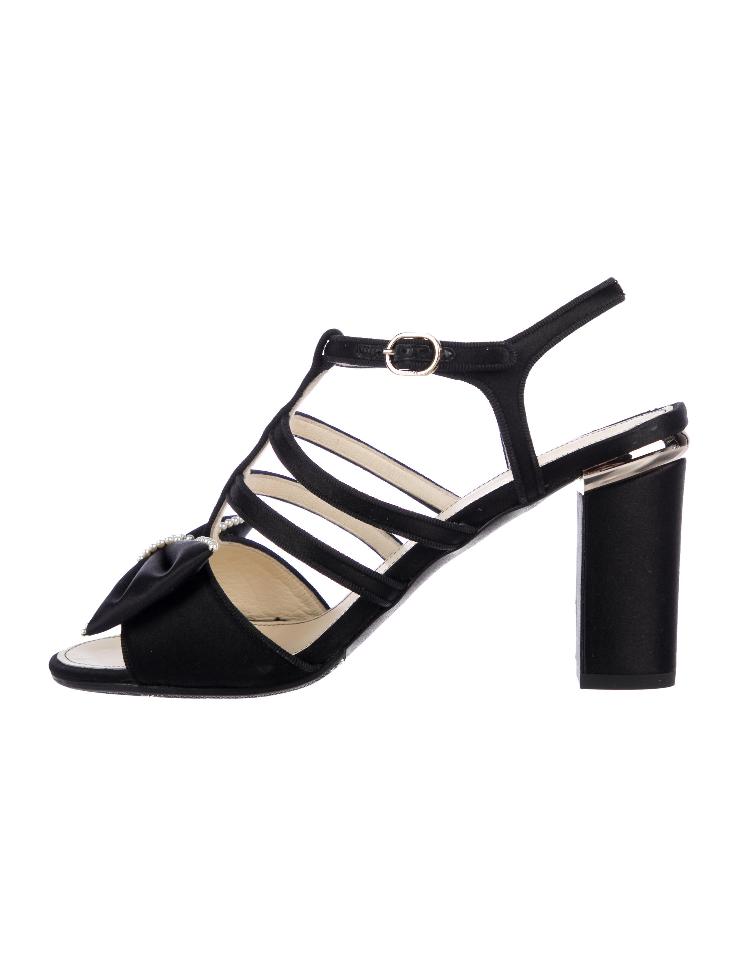 77e6c420dd5 Chanel 2016 Embellished Bow Sandals - Shoes - CHA294368
