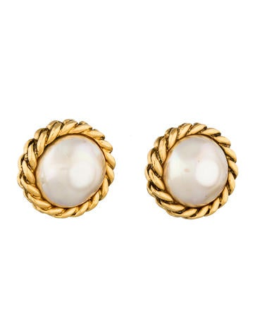 Pearl Medallion Earrings