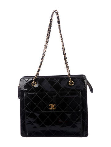 Chanel Handbags   The RealReal 2bb9282467