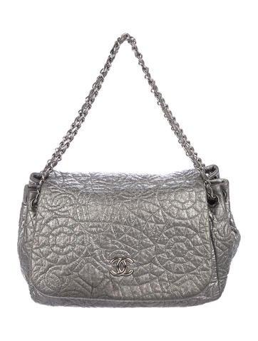 1a9cf29f8e58be Chanel. Graphic Edge Accordion Flap Bag
