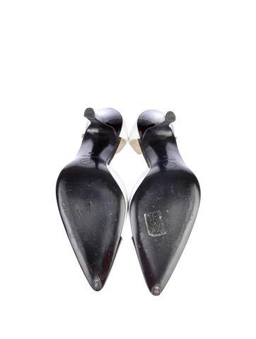 d'Orsay Pumps