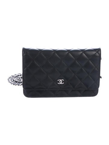Chanel. Quilted Wallet On Chain efa885b11f80