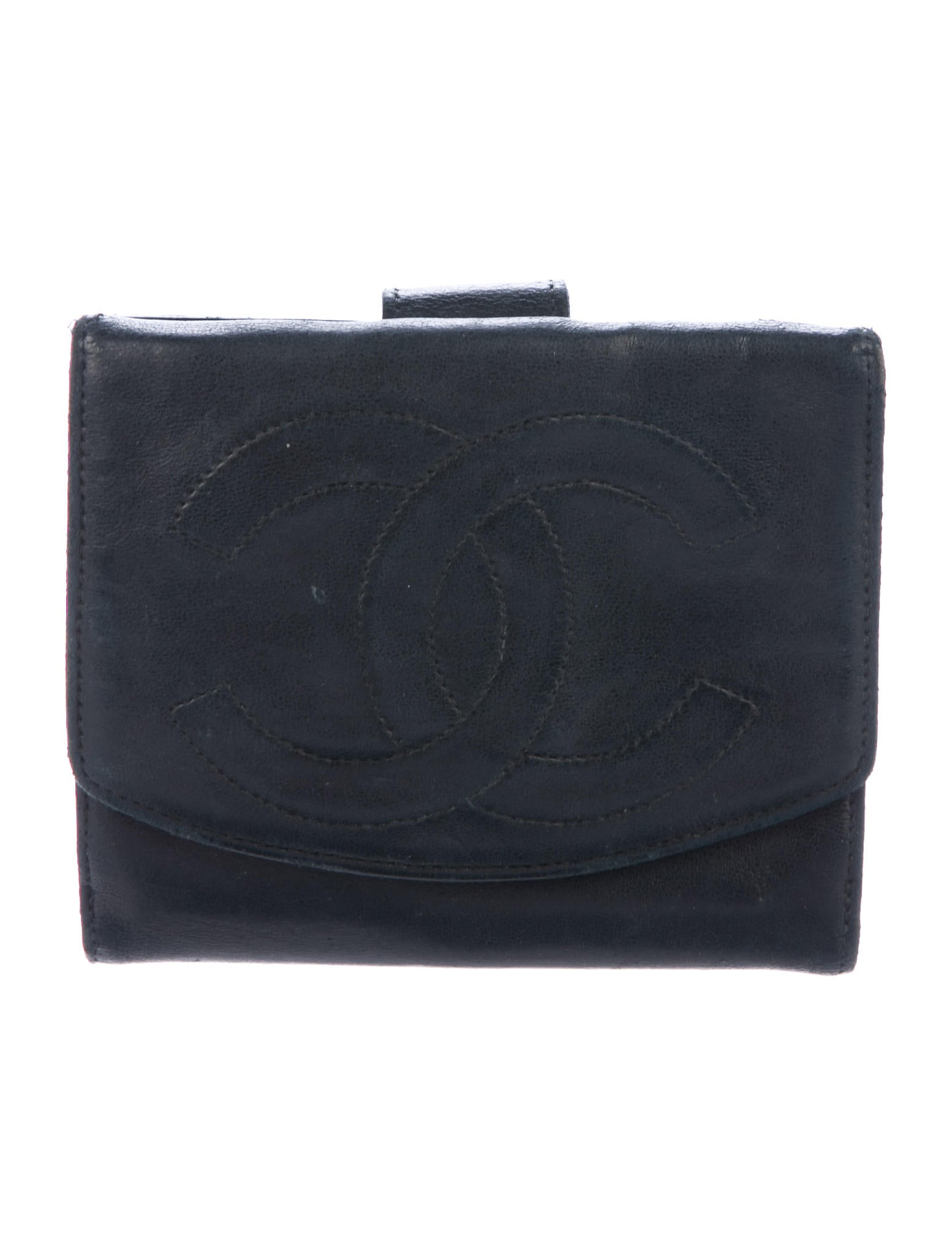 Chanel Vintage Timeless Compact Wallet - Accessories ...