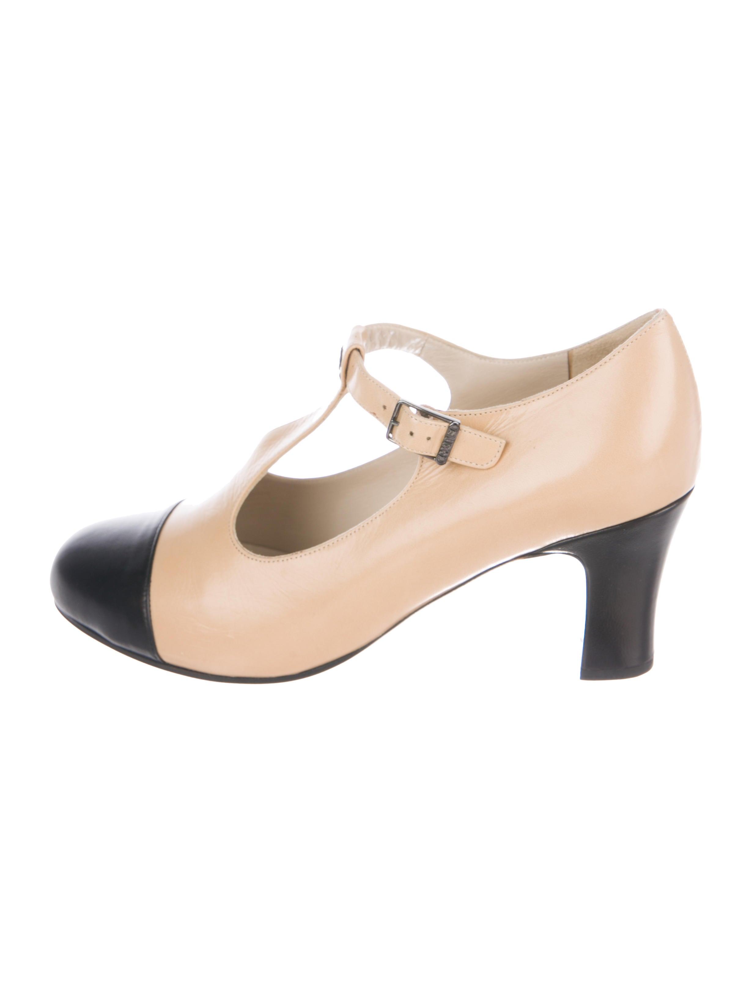 9173b42d7af4 Chanel Shoes