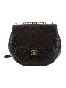6906dcfea0e3 Patent Leather Wallet On Chain. Est. Retail  2