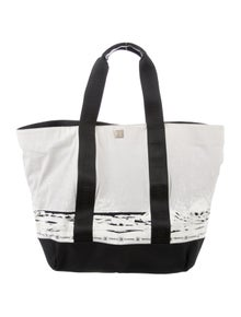 e6ae45cc8b9fe Chanel Handbags