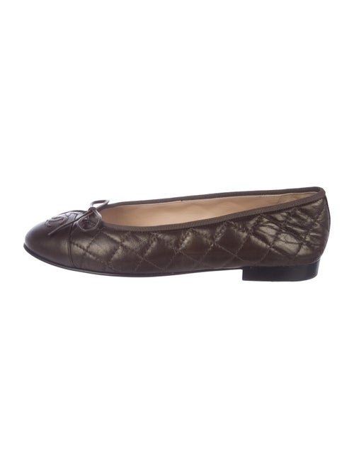 9819be73edc Chanel CC Quilted Leather Flats - Shoes - CHA338916