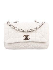 5d4f4fe0c53e Shoulder Bags