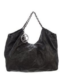 4a35eed3ba26 Chanel Handbags | The RealReal