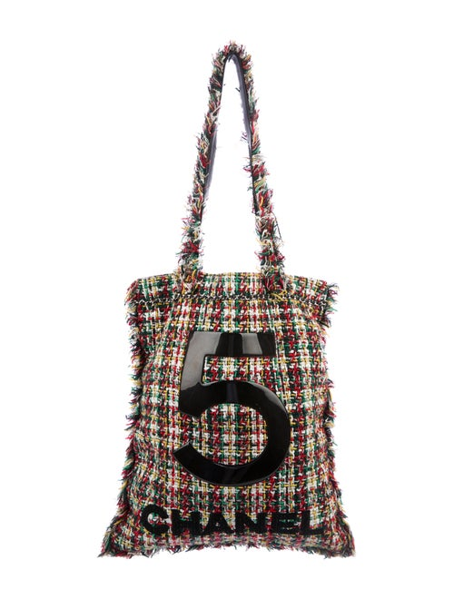 Chanel 2017 Large Tweed Shopping Bag Green - image 1