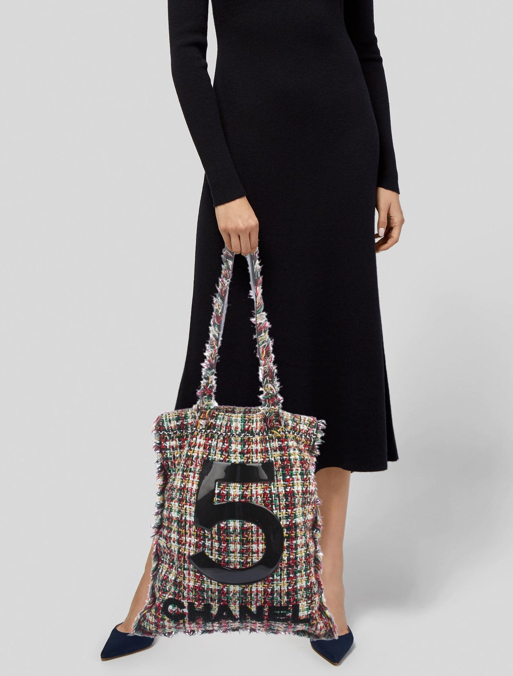 Chanel 2017 Large Tweed Shopping Bag Green - image 2
