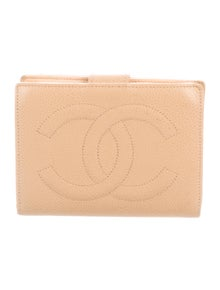 9db6cbcd4f75 Caviar French Purse Wallet. $575.00 · Chanel
