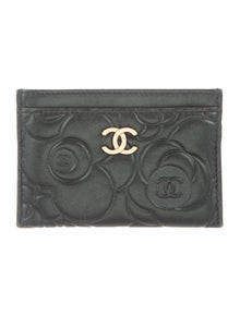 5cf4b0e18cafc6 Chanel. Camellia CC Cardholder