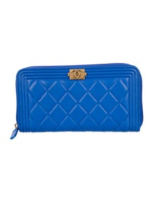 6e0faf21cb08e8 Chanel. Quilted Boy Wallet. Est. Retail $1,125.00