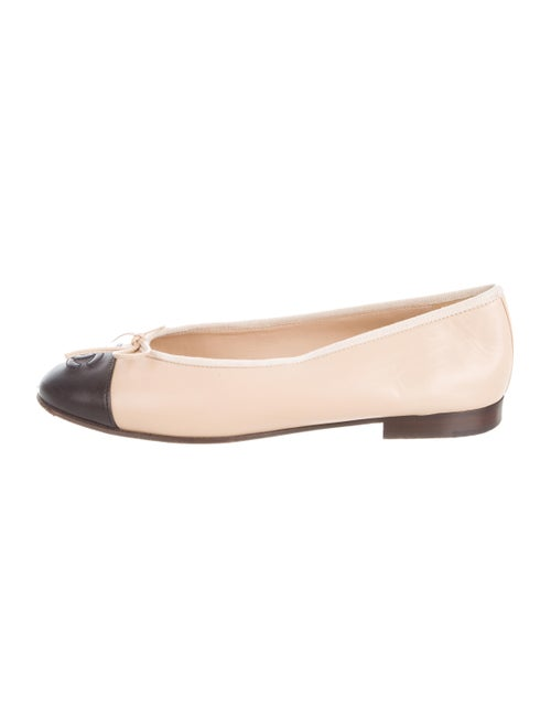 Chanel Leather Round-Toe Ballet Flats