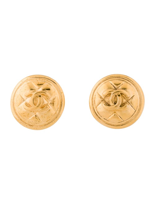 Chanel Vintage Quilted CC Clip-On Earrings Gold
