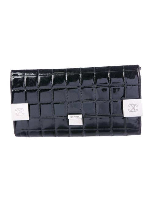 Chanel Chocolate Bar Patent Clutch Black