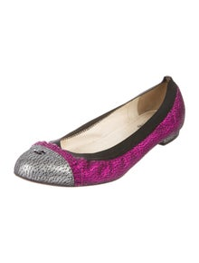 Chanel Interlocking CC Logo Leather Ballet Flats