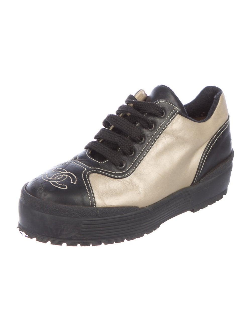 Chanel Interlocking CC Logo Leather Sneakers - image 2
