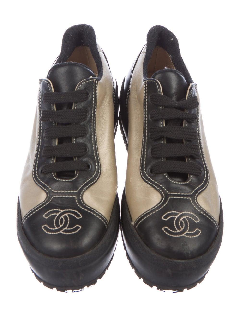 Chanel Interlocking CC Logo Leather Sneakers - image 3