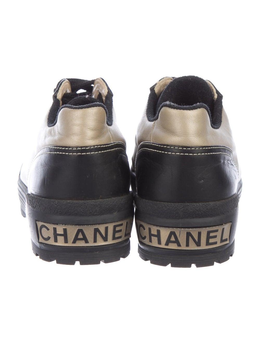 Chanel Interlocking CC Logo Leather Sneakers - image 4