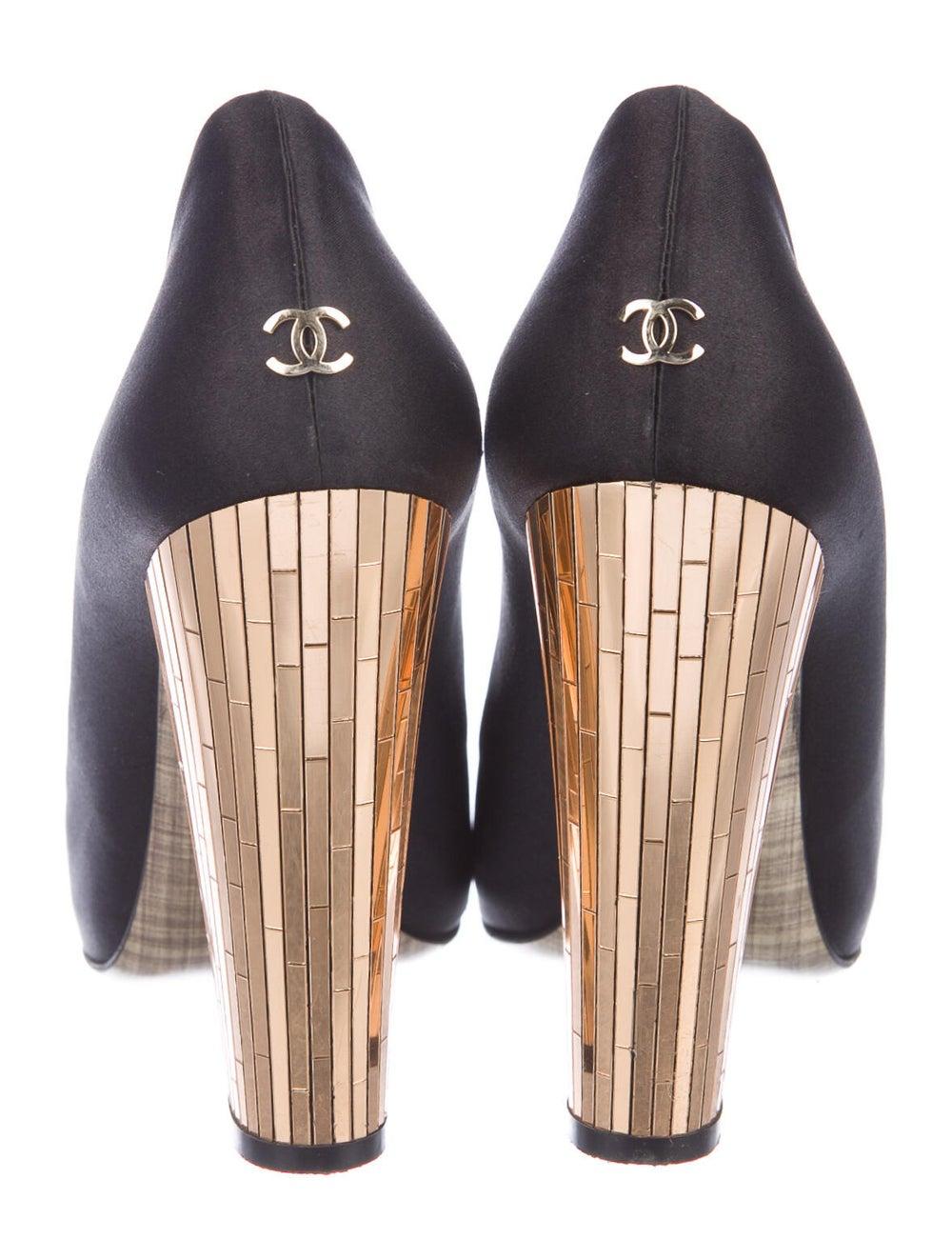 Chanel CC Mirrored Pumps Pumps Black - image 4