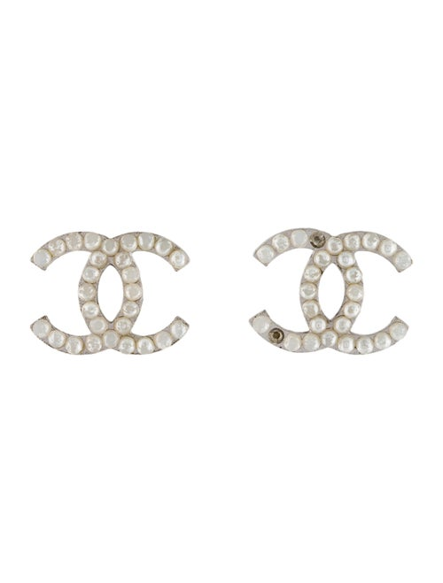 Chanel Faux Pearl CC Clip-On Earrings silver - image 1