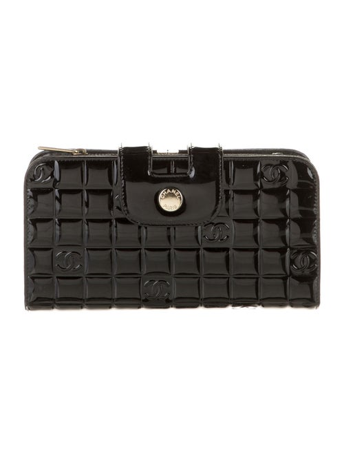 Chanel Patent Chocolate Bar Wallet Black