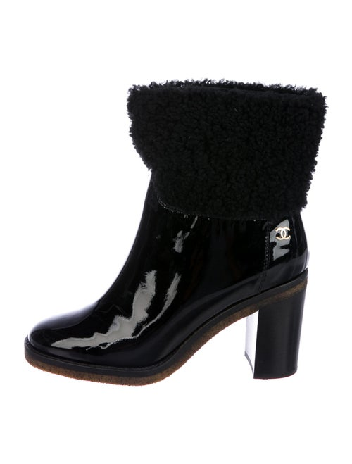 Chanel Shearling CC Ankle Boots Patent Leather Boo