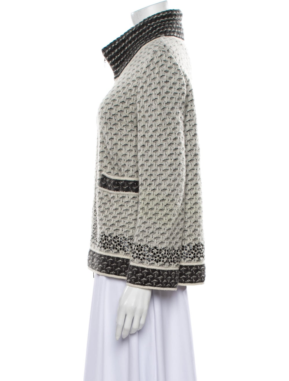 Chanel 2010 Tweed Pattern Cape - image 2