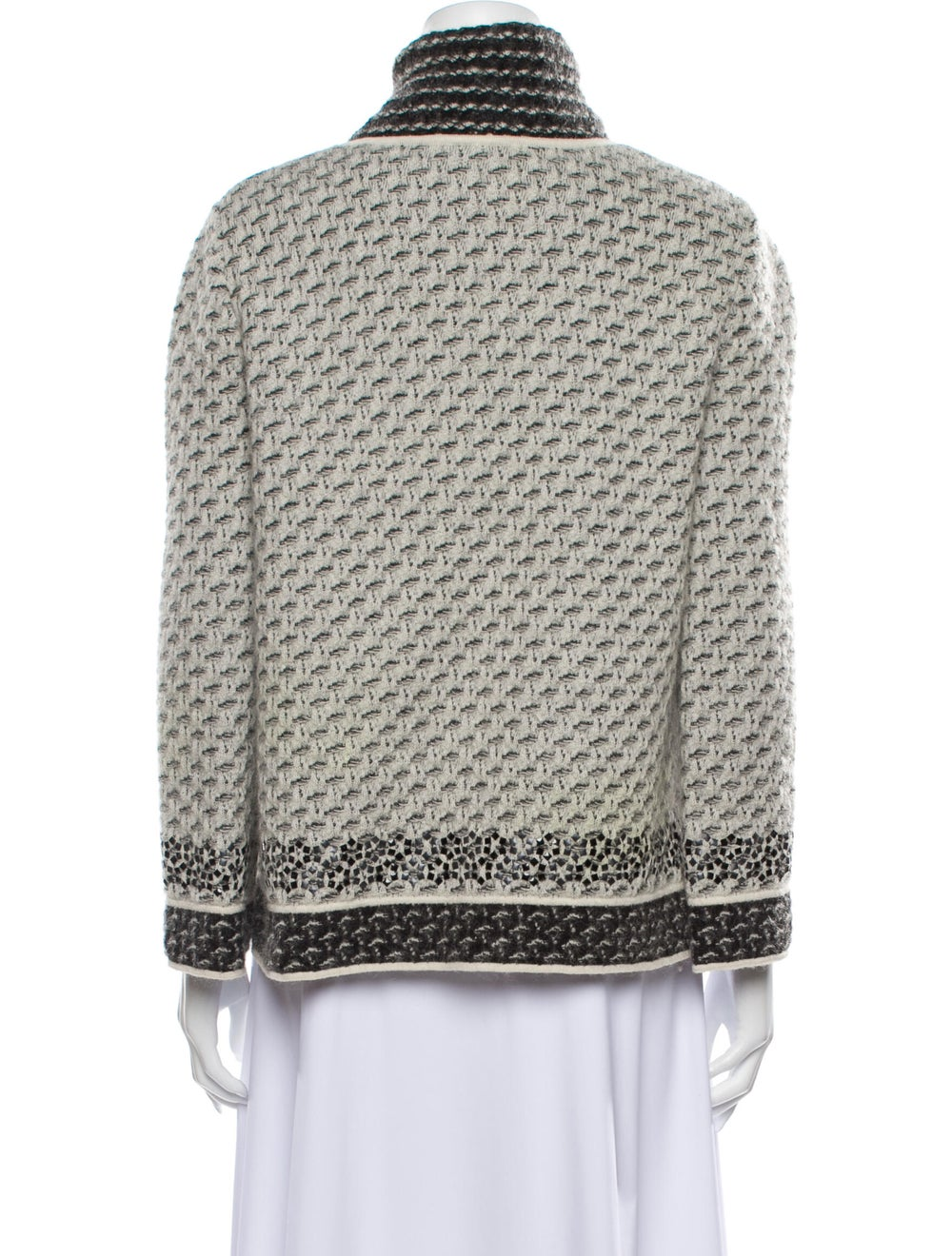 Chanel 2010 Tweed Pattern Cape - image 3