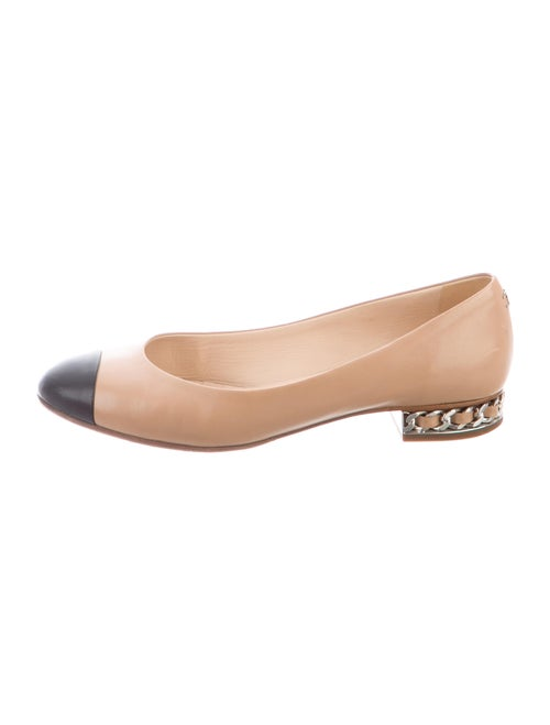 Chanel Chain-Link Accent Leather Flats
