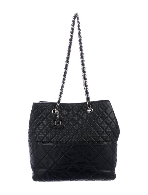 Chanel In The Business Tote Black - image 1