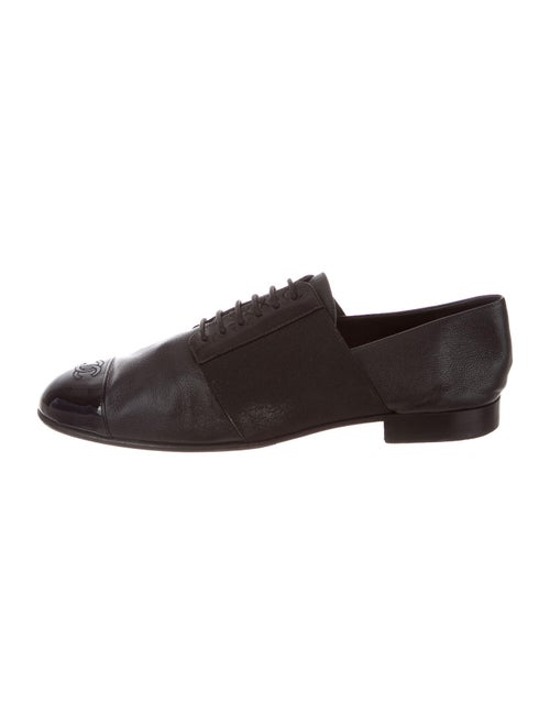 Chanel Interlocking CC Logo Leather Loafers Black