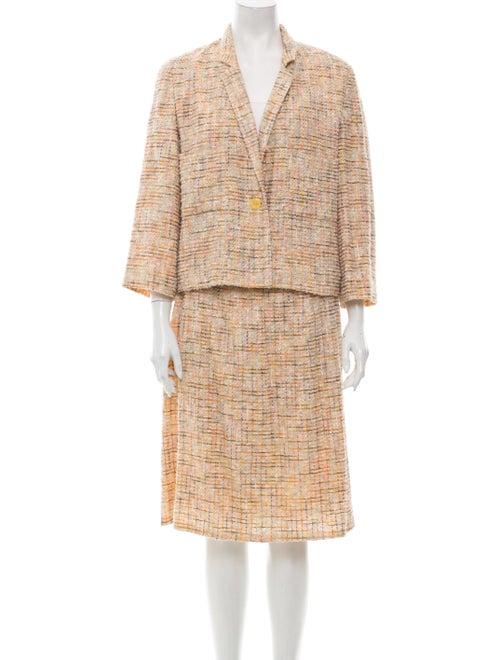 Chanel 1999 Tweed Pattern Skirt Suit