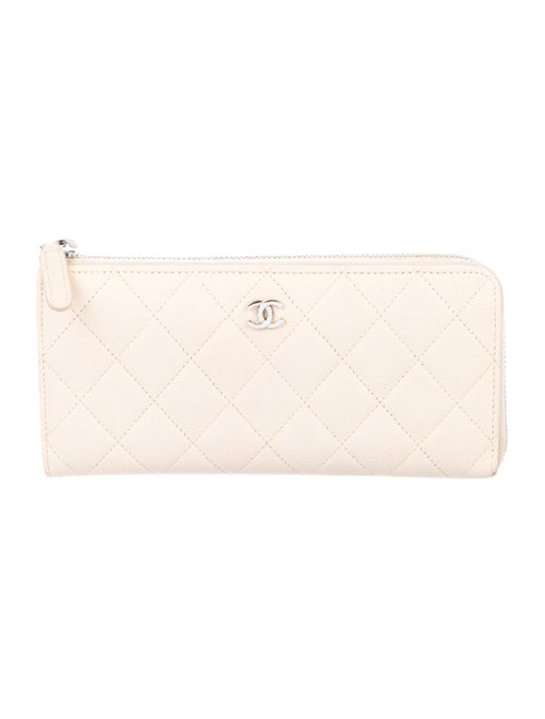 Chanel Quilted L-Gusset Wallet silver
