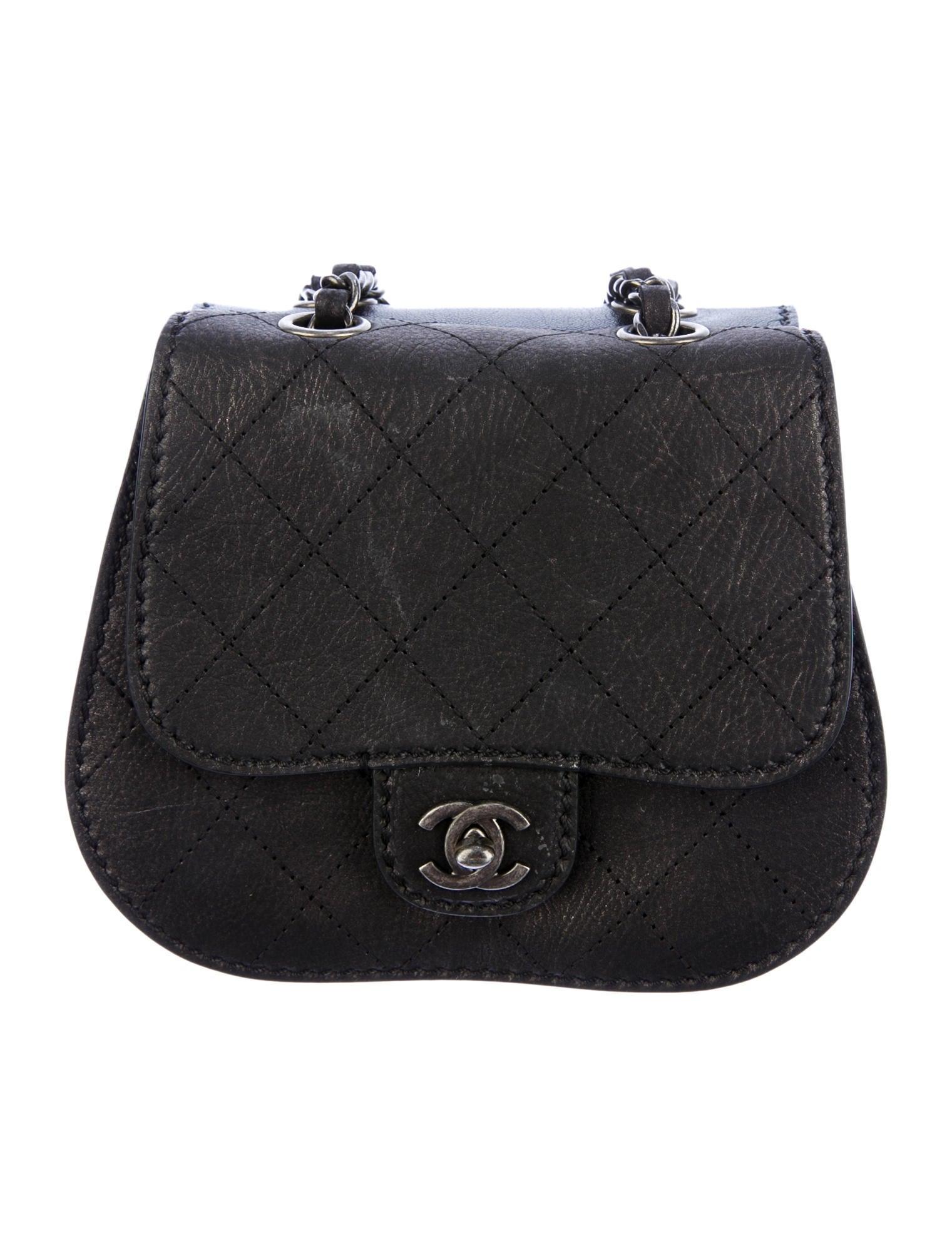 a44c746ecfe8 Chanel Paris-Edinburgh Flap Bag - Handbags - CHA52576