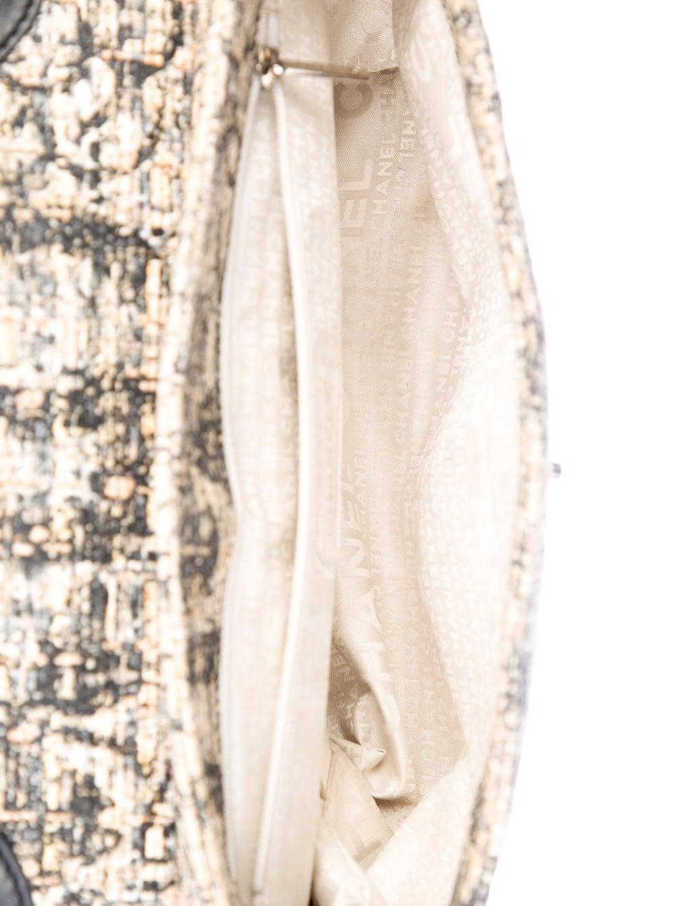 Chanel Tweed Shoulder Bag Silver - image 5