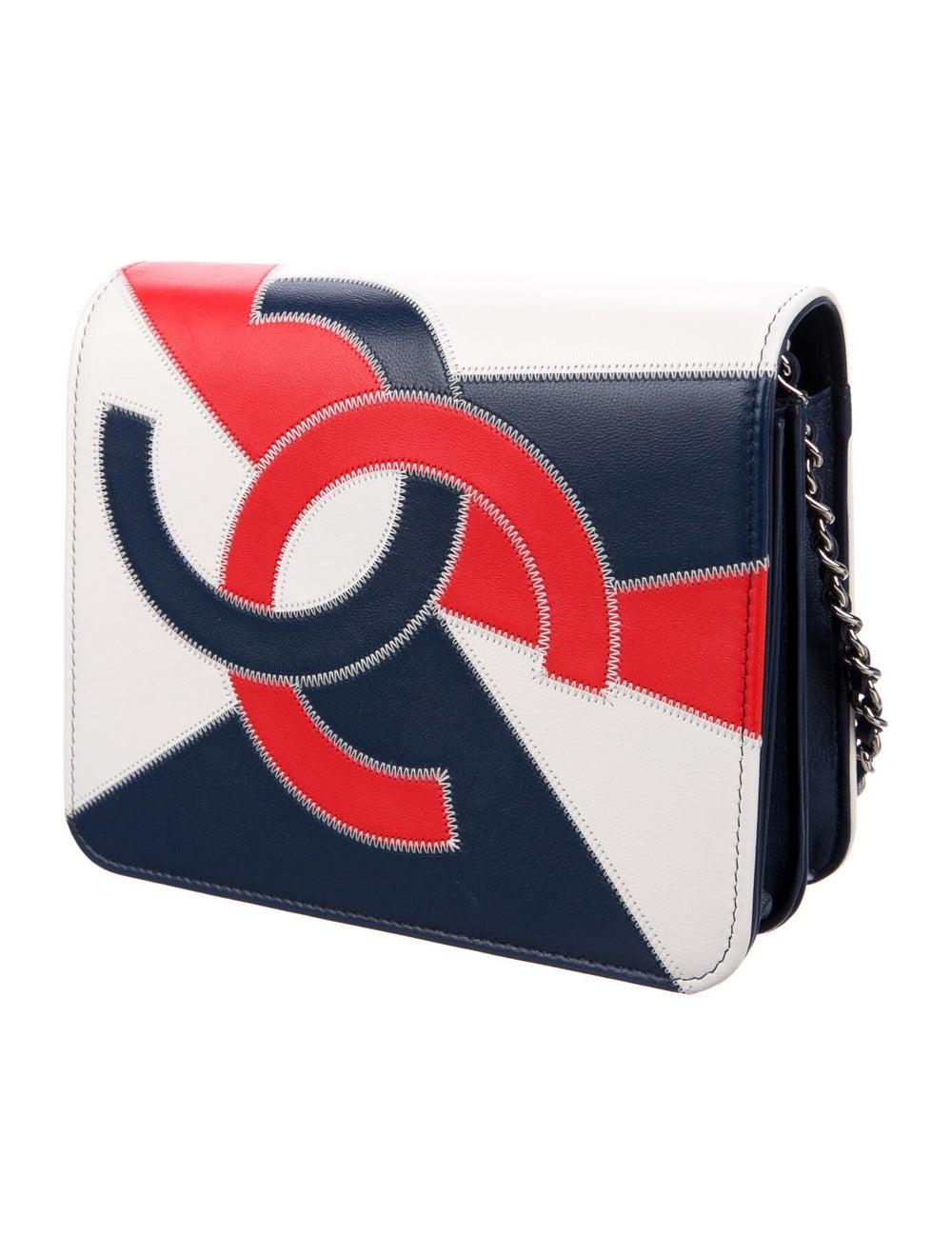 Chanel 2019 CC Accordion Flap Bag Blue - image 3