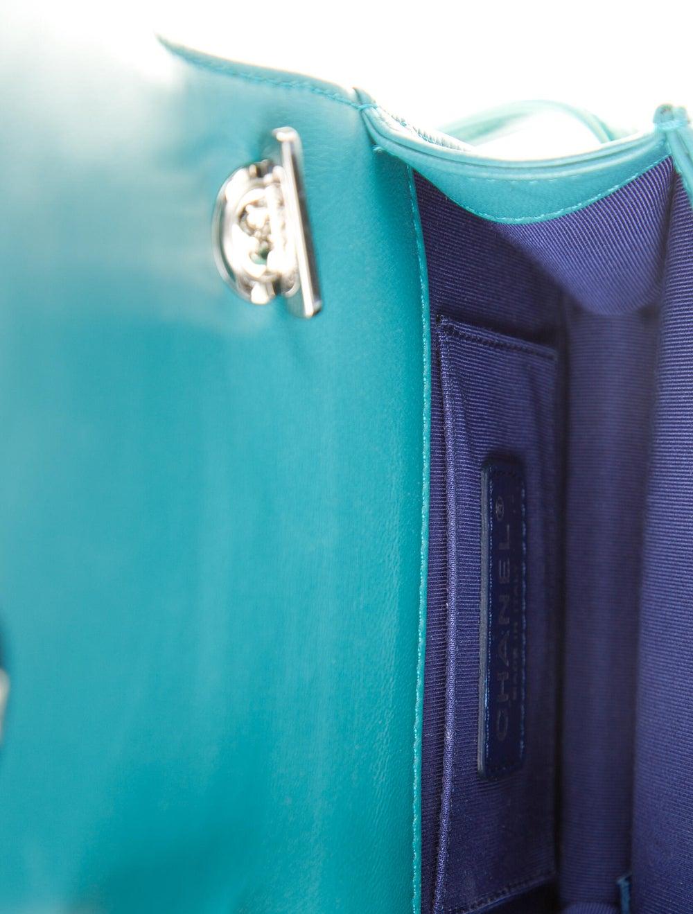 Chanel Boy Brick Flap Bag Blue - image 5