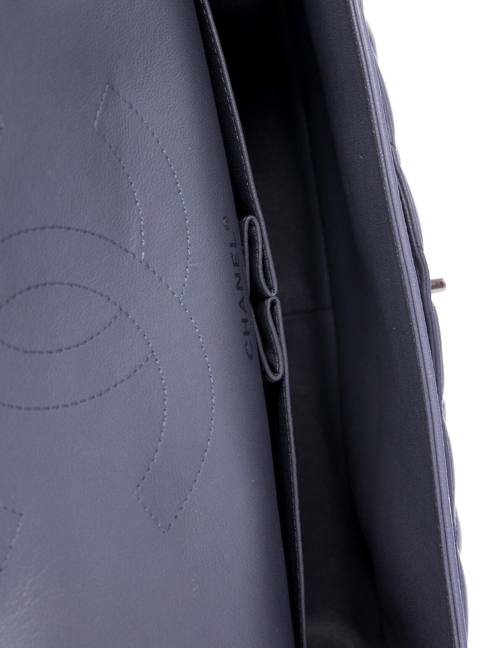 Chanel Classic Jumbo Double Flap Bag Purple - image 5