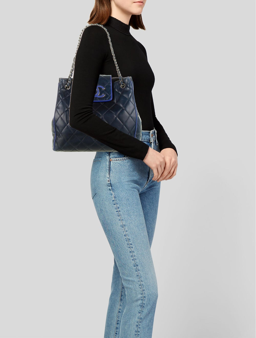 Chanel Hamptons CC Accordion Flap Bag Blue - image 2