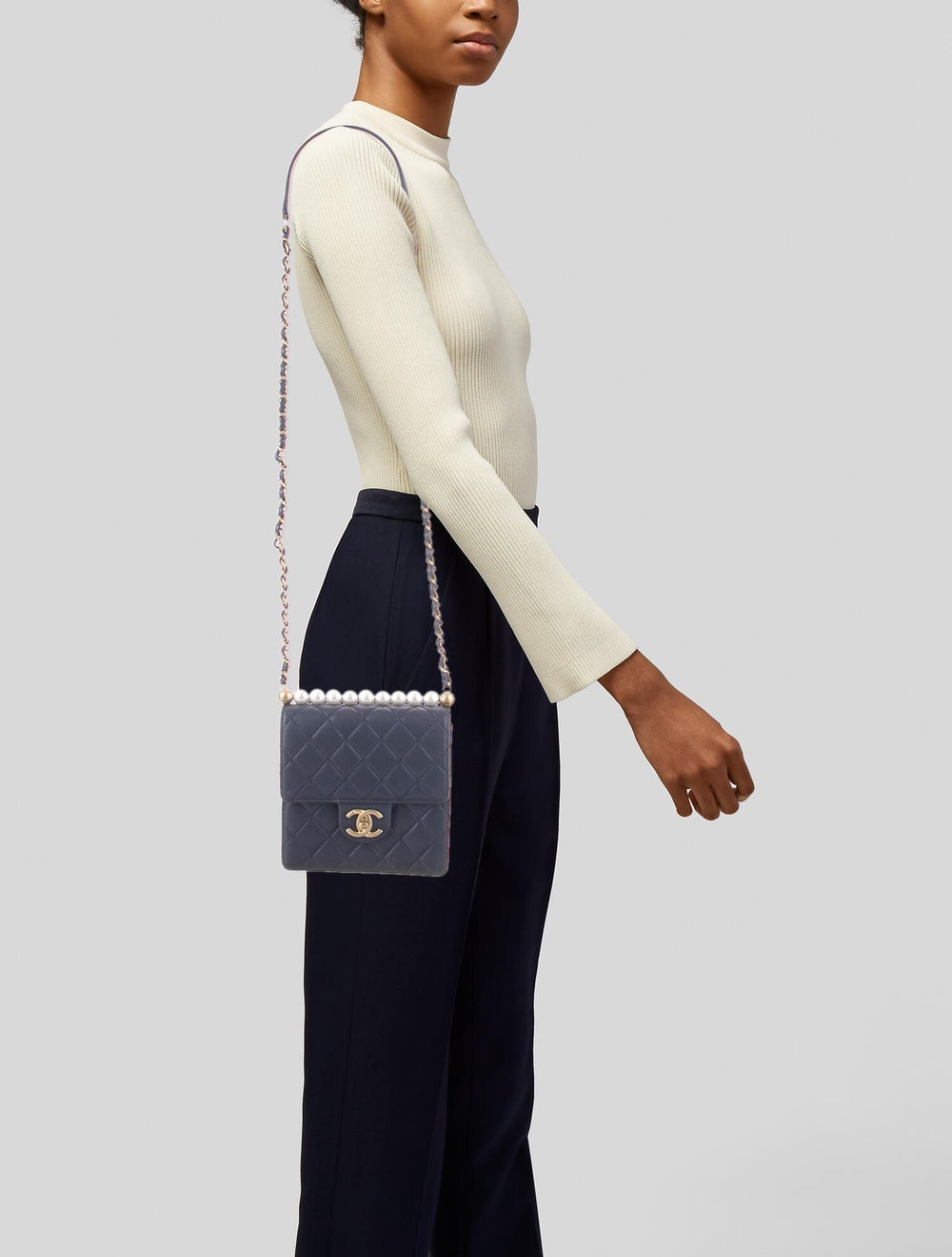 Chanel 2019 Small Chic Pearls Flap Bag Blue - image 2