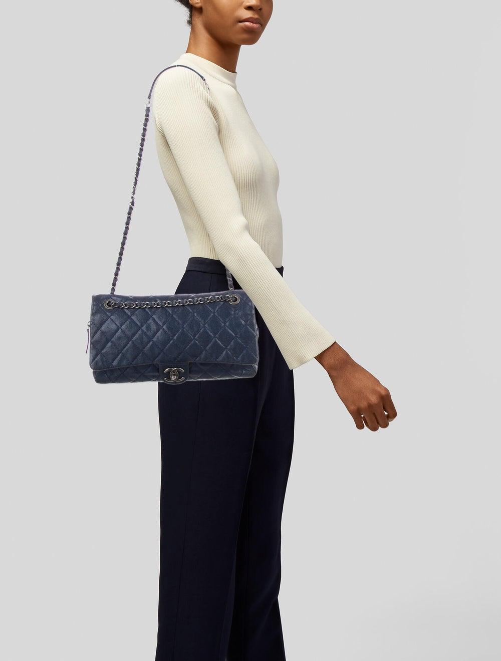 Chanel Jumbo Easy Caviar Flap Bag Blue - image 2