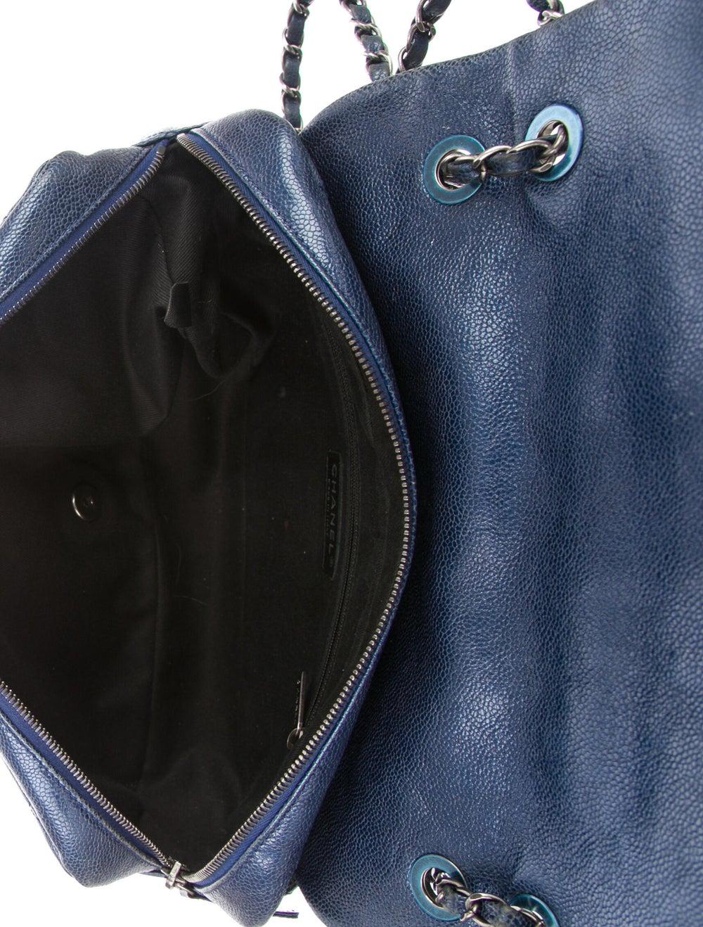 Chanel Jumbo Easy Caviar Flap Bag Blue - image 5