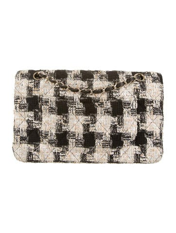 Medium Tweed Classic Flap Bag