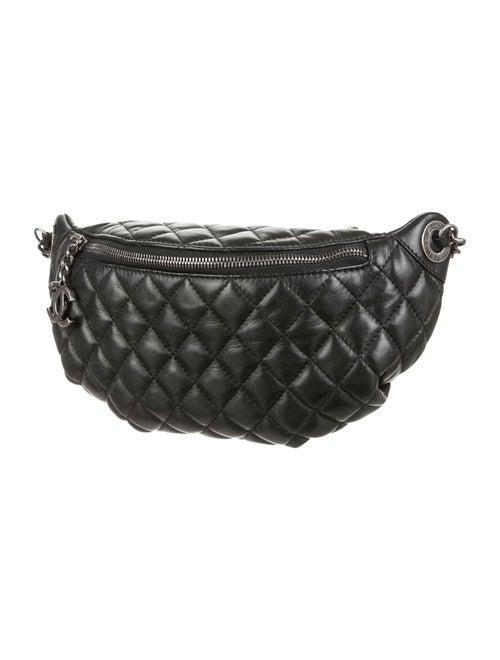 781e11f02ca4 Chanel Banane Waist Bag - Handbags - CHA71315 | The RealReal