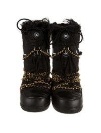 more photos d86aa d31e9 Chanel Moon Boots - Shoes - CHA71532 | The RealReal