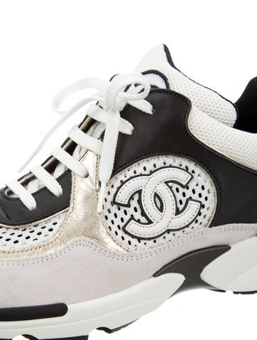 Sneakers w/ Tags